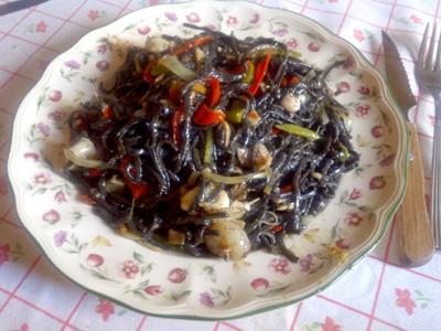 espaguetis negros